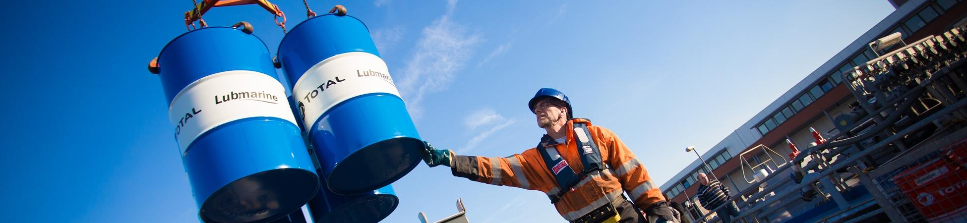 TOTAL LUBMARINE DELIVERING PIONEERING LUBRICANTS AND SERVICES TO THE SHIPPING INDUSTRY